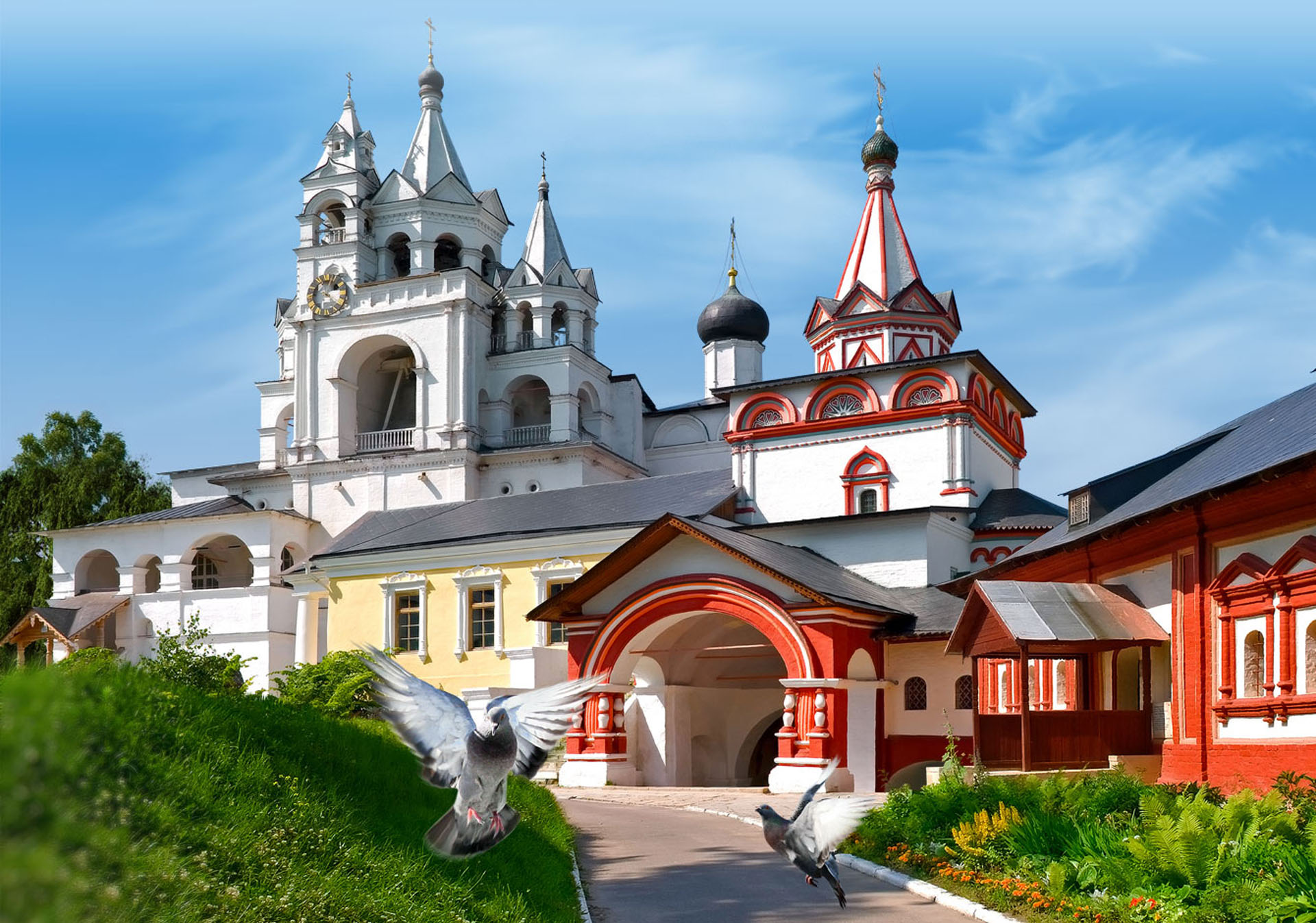 натяжные потолки в городе Звенигород