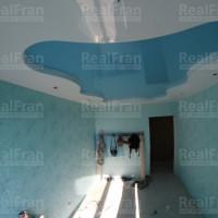 Двухуровневый комбинированный натяжной потолок