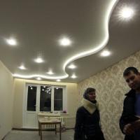 белая галактика потолок с точечным освещением