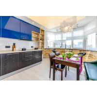 Светящийся натяжной потолок для проекта Школа Ремонта - Кухня из коллекции Зима- Лето