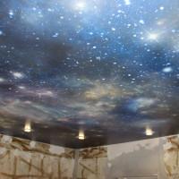 натяжной потолок с фото печатью ночное звездное небо