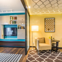 глянцевый натяжной 3D потолок с освещением по периметру