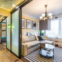 сатиновый натяжной потолок для гостиной комнаты