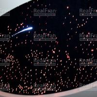 Звездное небо с анимацией пролетающей кометы