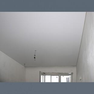Натяжные потолки до поклейки обоев с установкой 1м2