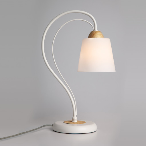 Настольная лампа 01014/1 белый