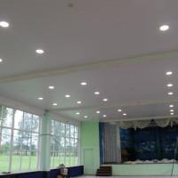 матовый натяжной потолок фото