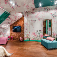 сатиновый потолок со спот освещением